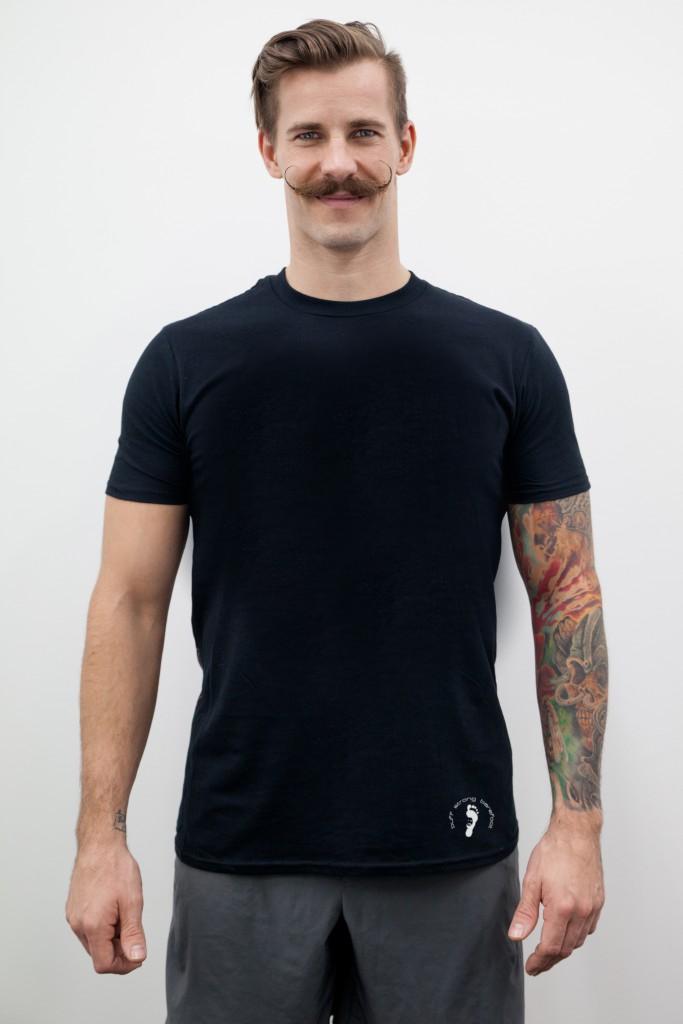 Johannes Kwella Stand Up Herren T-Shirt schwarz